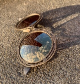 Sunglasses from Rome with a soft Goldmirror lens
